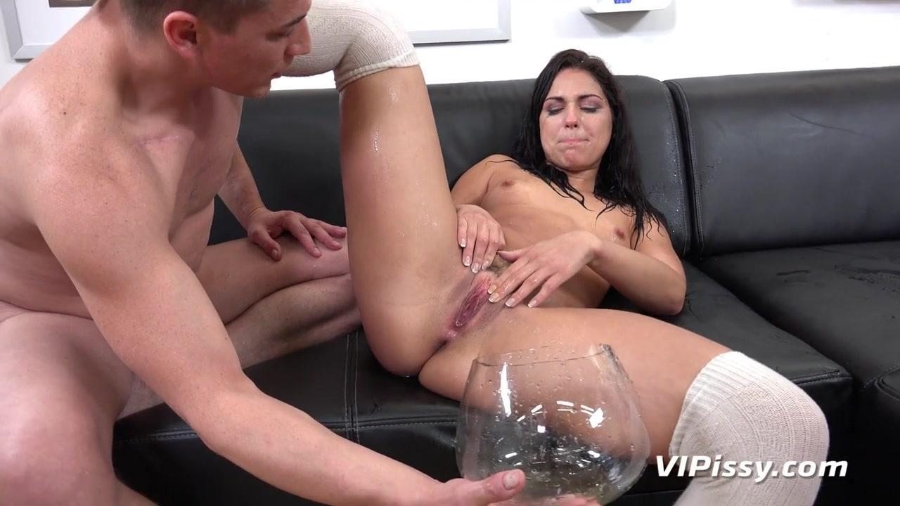 VIPissy - Threesome With Piss And Cum Addicted Sluts